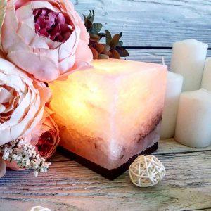 Солевая лампа из белой соли